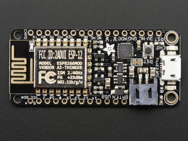 Adafruit Feather HUZZAH with ESP8266 WiFi -zoom2