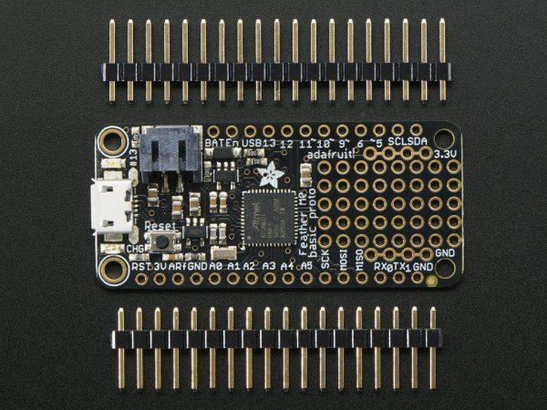 Adafruit Feather M0 Basic Proto - ATSAMD21 Cortex M0 - top
